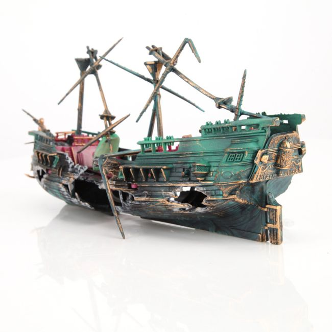 Dekorace do akvária - loď 1