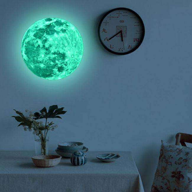 Samolepka - Měsíc 1
