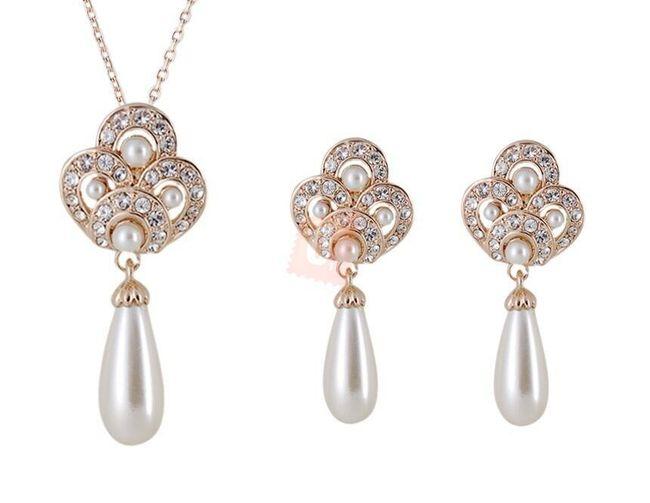 Sada náušnic a náhrdelníku s perlami  1