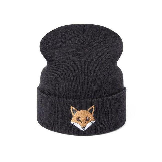 Дамска зимна шапка с бродерия 1