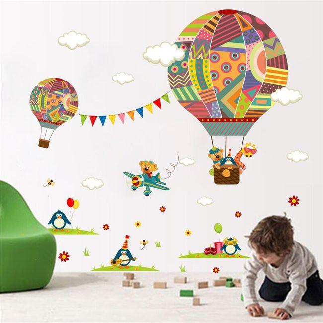 Stenska nalepka - baloni z helijem 1
