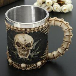 Дяволска чаша с череп и кости