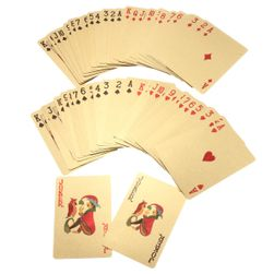 Pokerové karty s třpytivým povrchem