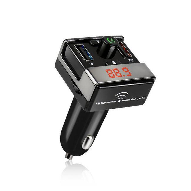 FM transmitter s handsfree a nabíječkou 1