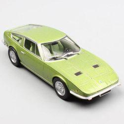 Model auta Maserati Indy Coupe