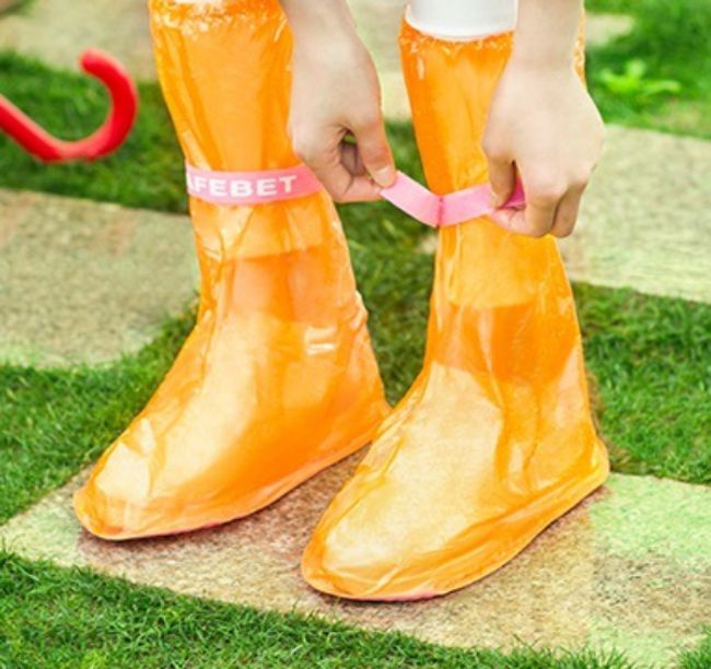 Lábszárvédők eső ellen - cipőre