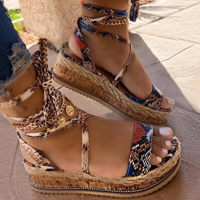 Damskie sandały na koturnie Nicole 1