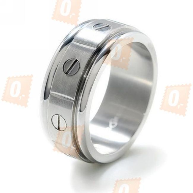 Pánský prsten s dekorací šroubů 1