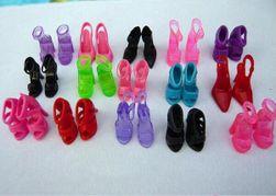 Pantofi pentru păpușă FR5