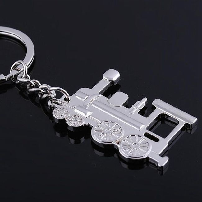 Privezak za ključeve u obliku Lokomotive - srebrna boja 1