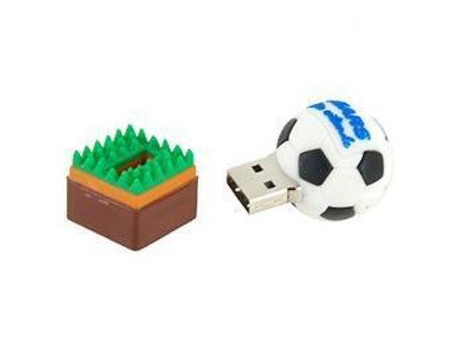 4GB Flashdisk ve tvaru fotbalového míče s trávníkem 1