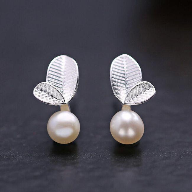 Mini fülbevaló levelekkel és mesterséges gyöngyökkel 1