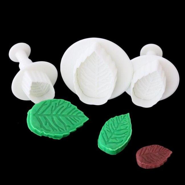 Kalup za peko v obliki listov - 3 kosi 1