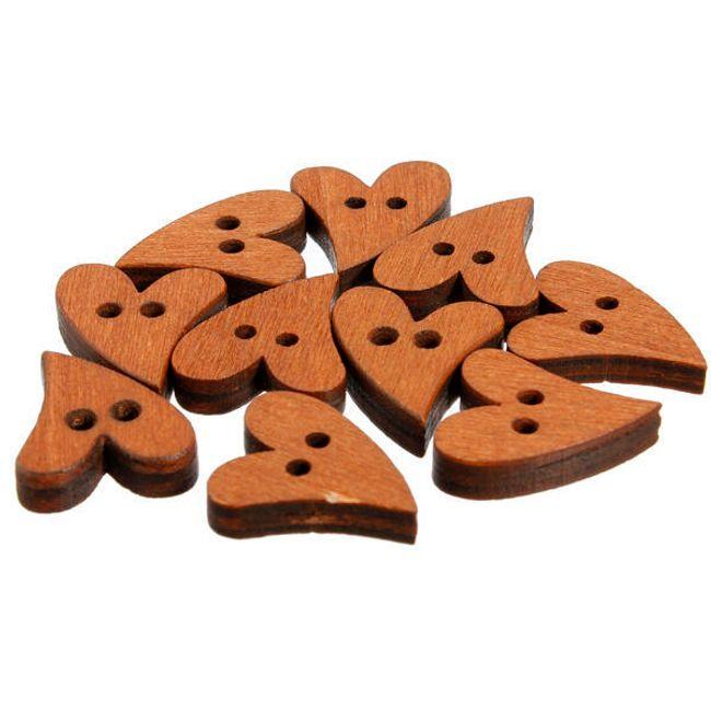 Opakowanie 100 szt. drewnianych guzików w ksztakcie serca 1