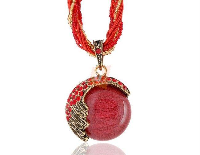 Exotický retro náhrdelník - červený 1