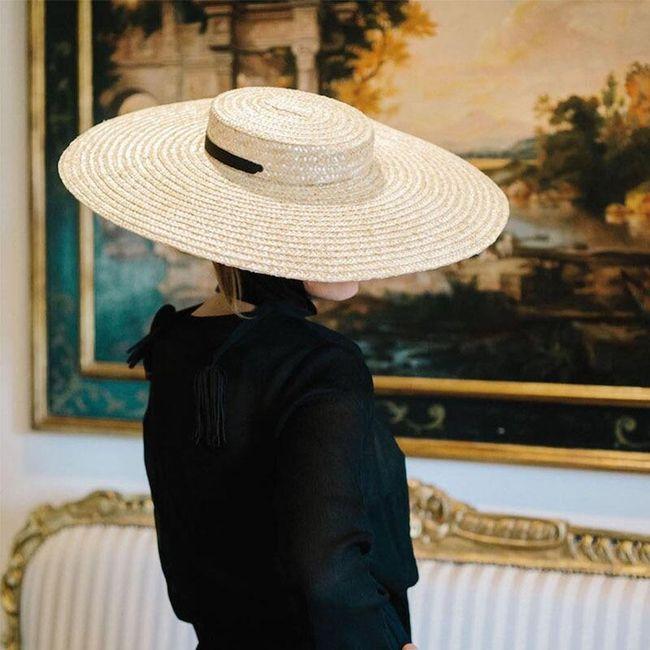Женская шляпа AK18 1