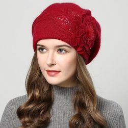 Zimní čepice s květinou - více barev