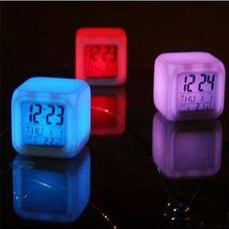 Ceas digital LED cu alarmă