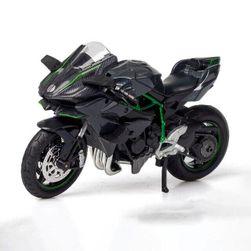 Model motorky Yamaha