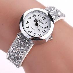Ženski sat sa svetlucavim kaišem - 6 boja