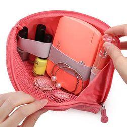 Kis táska belső hálóval