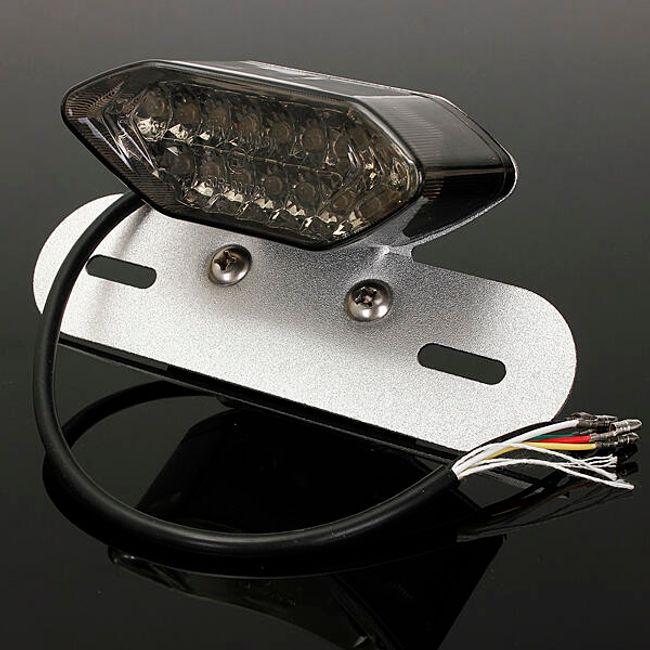 12 V zadnja LED luč 1