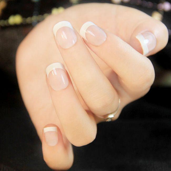 Veštački samolepljivi nokti 1
