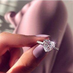 Ženski prsten Holly