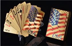 Plastové hrací karty ve zlaté barvě - vzor USA vlajky