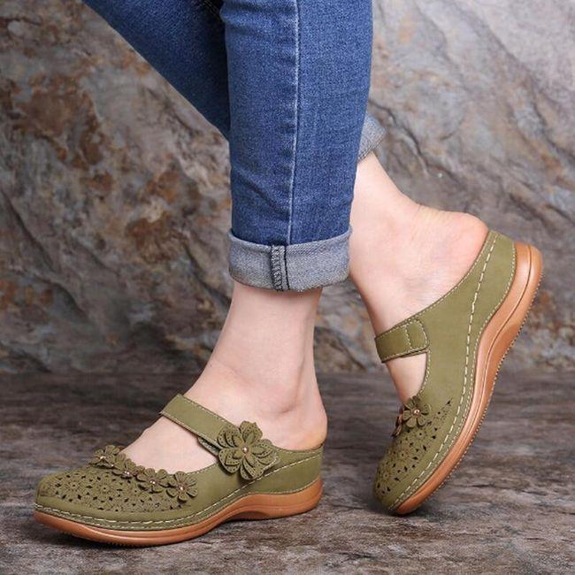 Dámské pantofle na klínku Irrena 1