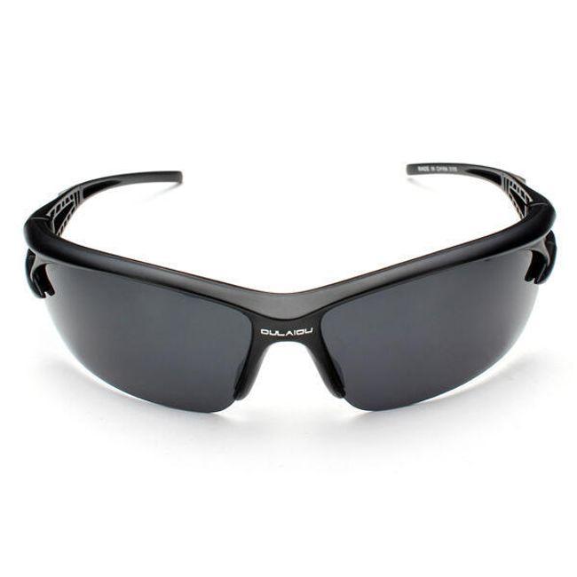 Férfi napszemüveg tokkal