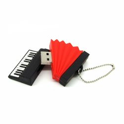 Flash USB sub formă de instrumente muzicale