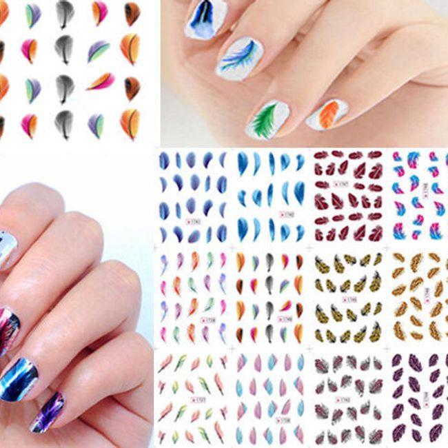 Стикер за нокти - цветни перца 1