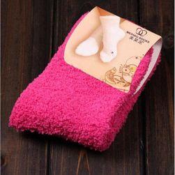 Hřejivé ponožky v syté barvě