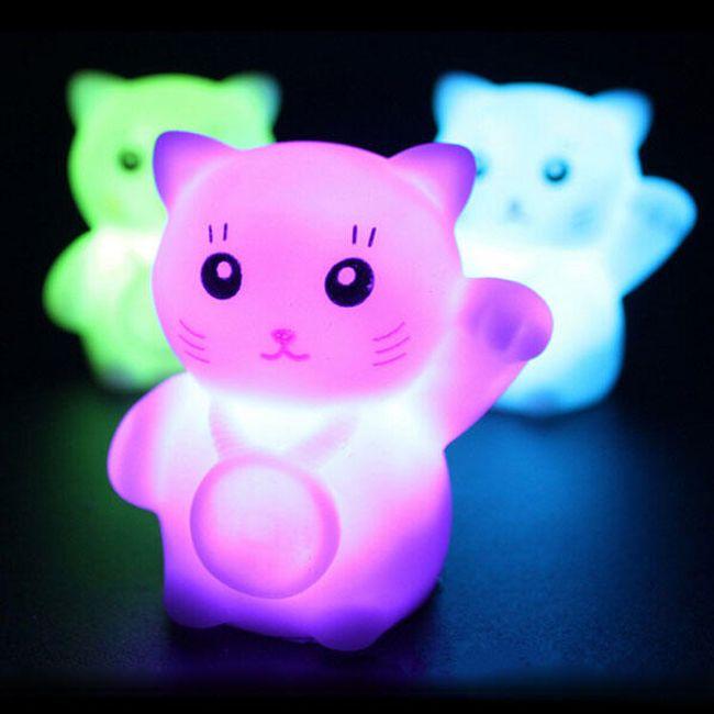 Mini LED svetilka v obliki mucka 1