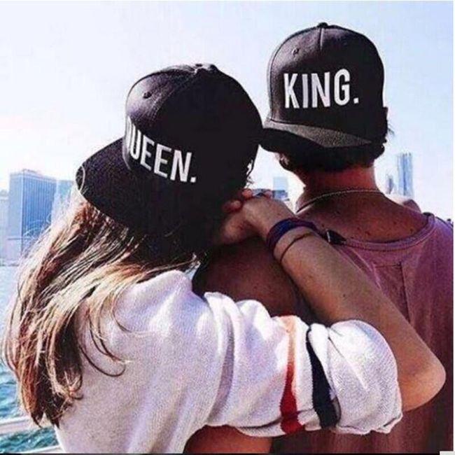 Kapa za pare - King, Queen - logotip bele in rumene barve 1