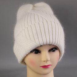 Damska zimowa czapka WC52