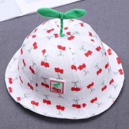 Детска шапка B08262