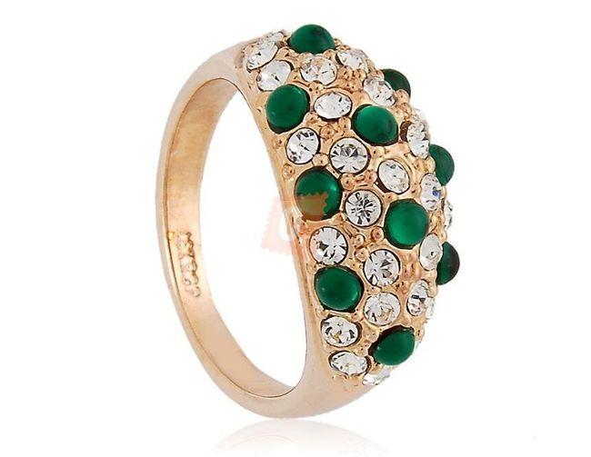 Prstýnek se zelenými kamínky - zlatá barva 1