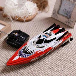 RC лодка Leo