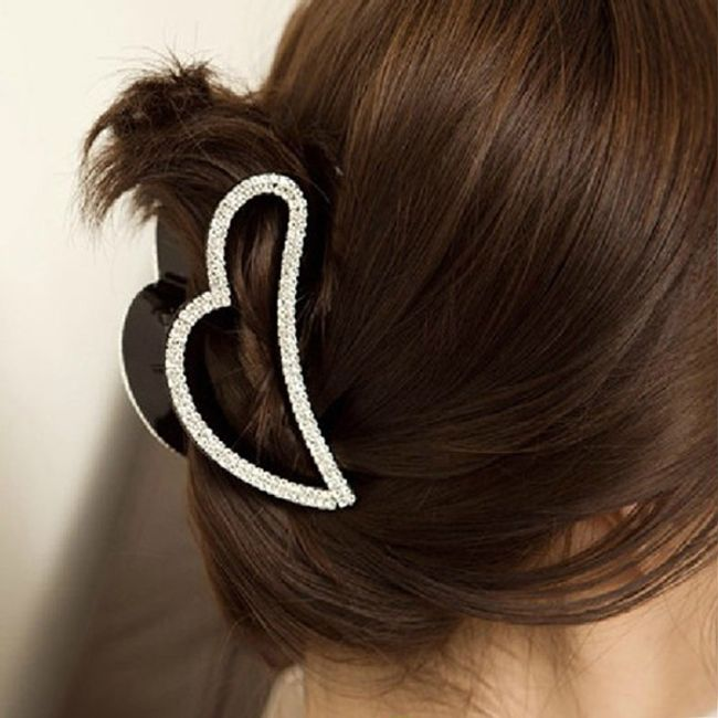 Elegancka klamra do włosów w kształcie serca ozdobiona błyszczącymi kamyczkami 1