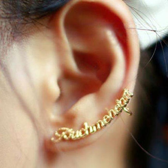 Modern fülbevaló -  felirat formájában 1