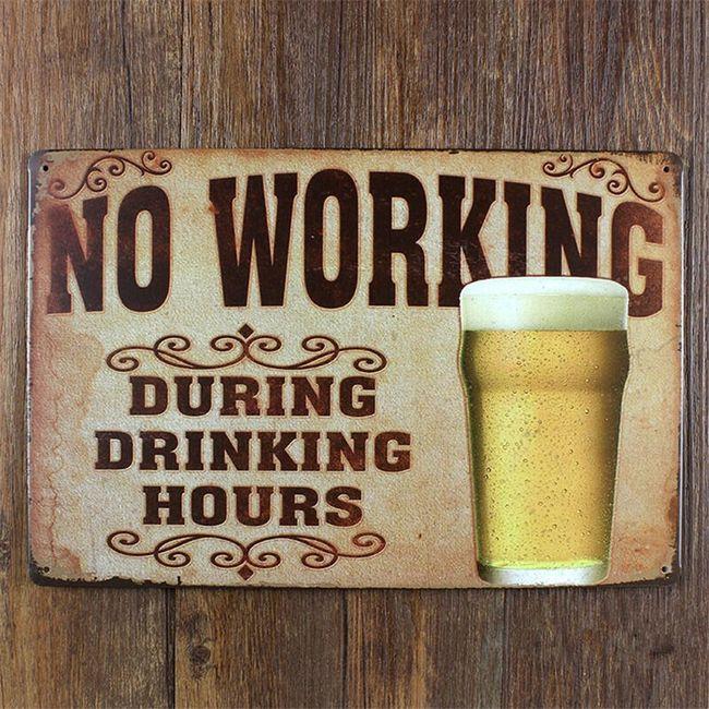 Kovinski retro znak - No Working 1