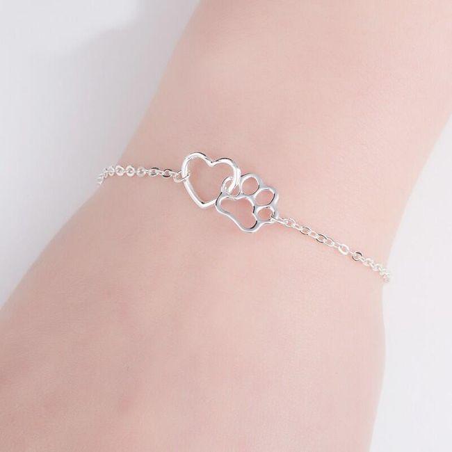 Narukvica ili lanac sa šapom i srcem 1