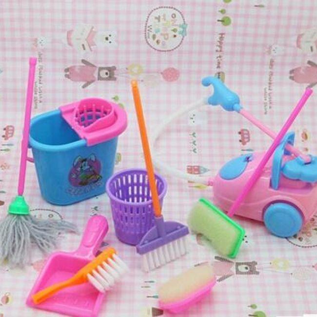 Набор мини-чистящих инструментов для Barbie 1