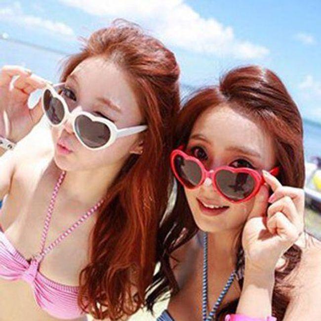 Vesela barvita sončna očala v obliki srca 1