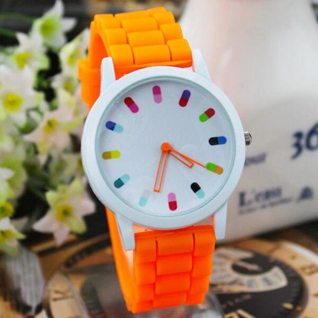 Silikon kayışlı renkli kol saati 1
