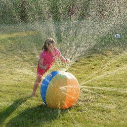 Piłka dmuchana tryskająca wodą