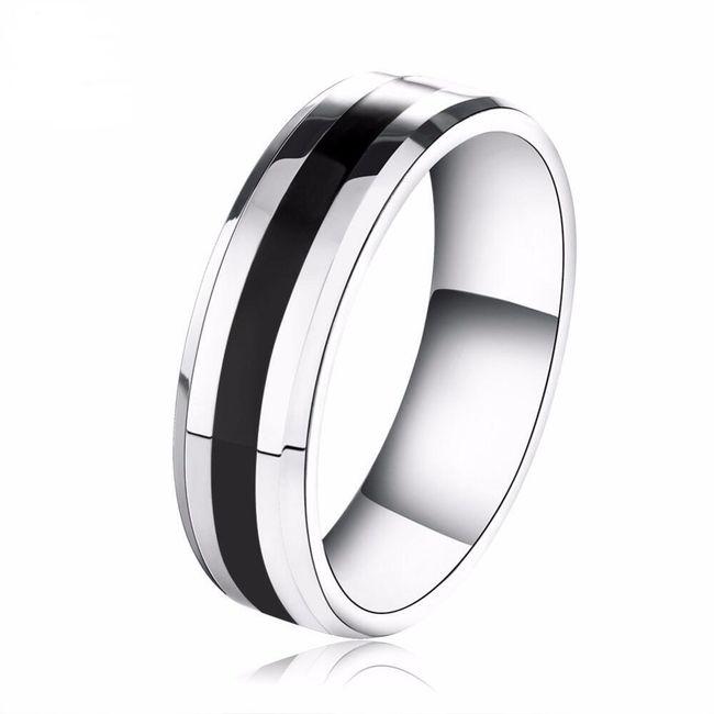 Pánský prsten ve stříbrné barvě 1