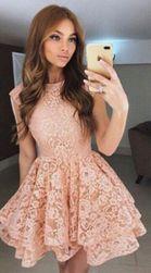 Női ruhák Andrea